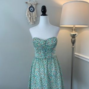 NWOT Guess Strapless Tie-Back Floral Green Dress